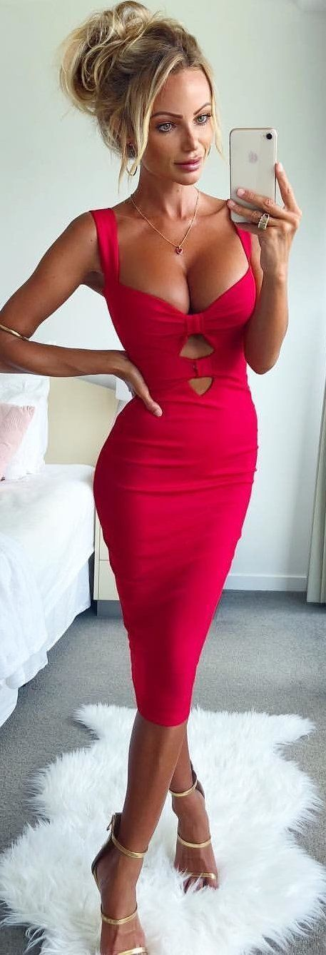#spring #outfits red sleeveless plunging neckline bodycon dress. Pic by @goddesskleopatraclothing #bodycondress