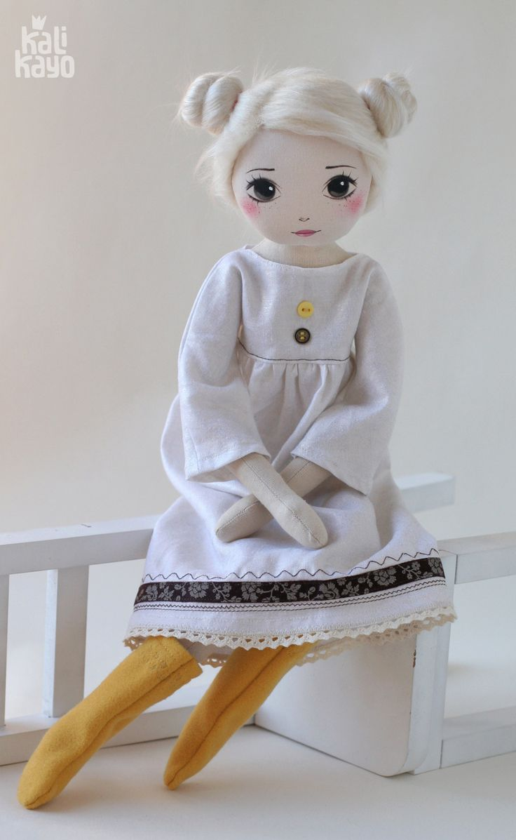 Mathilda – romia doll by kalikayo
