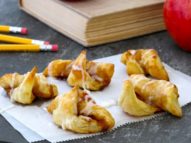 Jenny Steffens Hobick: Puff Pastry Cinnamon Roll-Ups | Back to School |