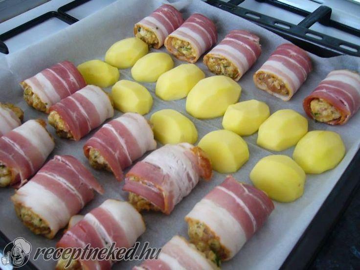 Kipróbált Füszerezett darált hús baconbe tekerve recept egyenesen a Receptneked.hu gyűjteményéből. Küldte: Manci Szabó