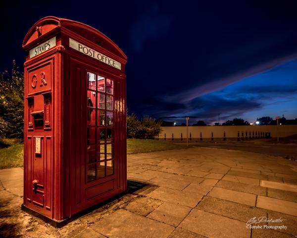 Bridgefoot phonebox, submitted by jorubePhoto on Twitter #SnapWarrington