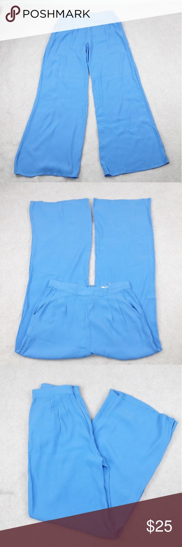 """Zipper Back Wide Leg Pants Honey Punch Womens Large Blue Trousers Wide Leg Dress Pant Career Work zipper back  Length:42"""" Waist:14"""" Inseam:31""""  Gently used with no flaws. Please see photos for exact details. Thank you for patronizing us. Honey Punch Pants Wide Leg"""
