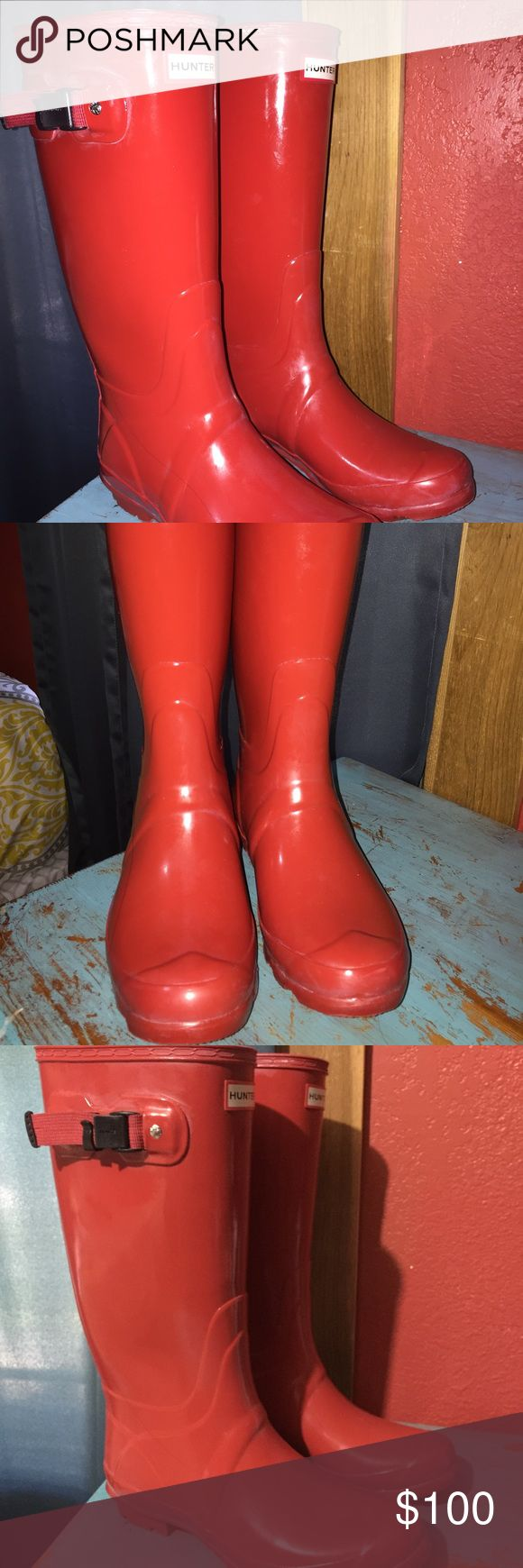Hunter huntress red boots!❤️ Super cute worn once just too big for me. Has the extended wide calf! Would fit a 9 Need gone ASAP!! Hunter Boots Shoes Winter & Rain Boots