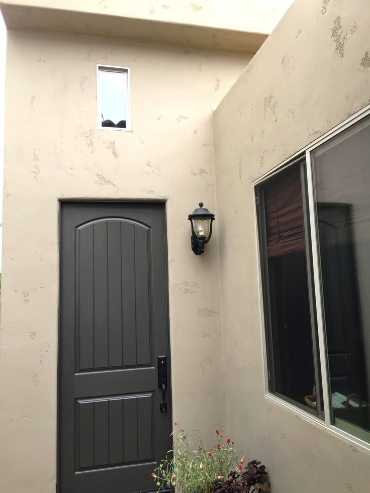 17 Best Images About Ocean Beach Exterior Stucco Painting On Pinterest La Jolla Garage And Photos