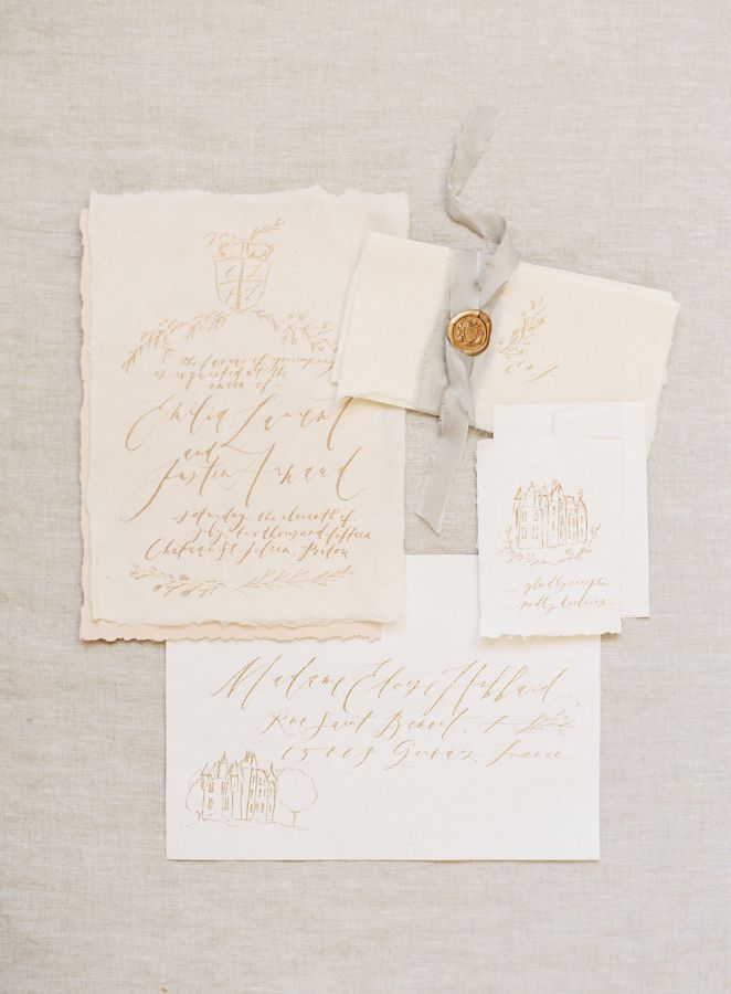Simple + romantic paper suite: http://www.stylemepretty.com/2016/04/18/french-chateau-wedding-inspiration-to-sweep-you-off-your-feet/ | Photography: Kayla Barker - http://kaylabarker.com/