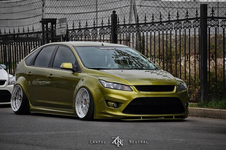 heavy modified ford focus mk2 st ford pinterest ford. Black Bedroom Furniture Sets. Home Design Ideas