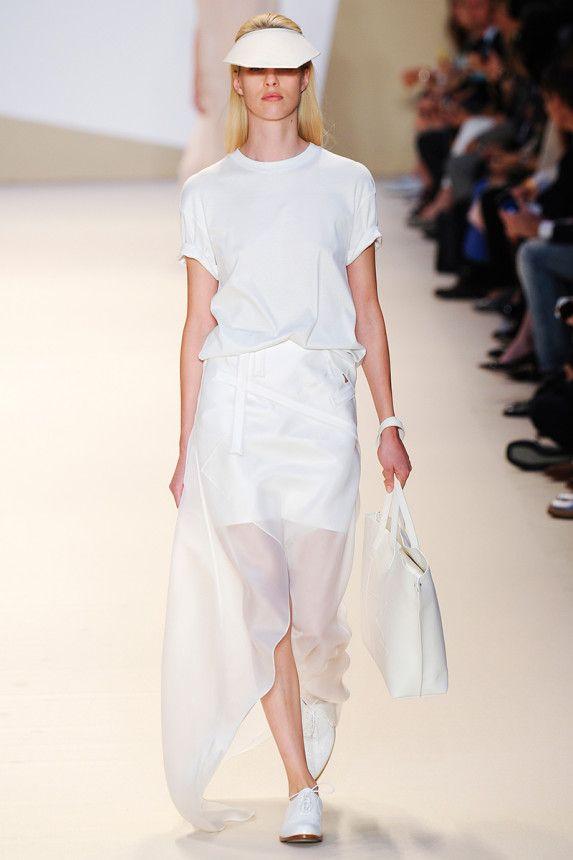 Akris Spring 2015 RTW – Runway – Vogue