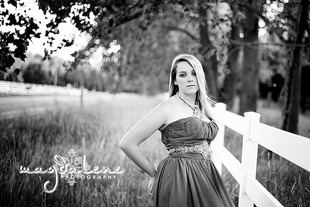 door county green bay wi senior portrait pictures photography http://magdalenephotography.com/blog/2012/09/green-bay-de-pere-senior-pictures-photographer-faith-magdalene-photography/ senior girl posing prom dress white fence country black and white