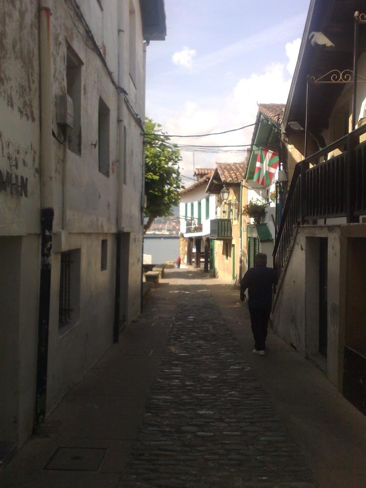 Algorta, barrio del municipio vizcaíno de Guecho, Es el mayor núcleo poblacional del municipio con alrededor de 40.000 habitantes.
