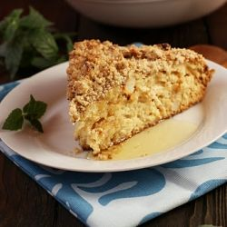 pear and pecan crumble cake | scrumpdidily-upmtious | Pinterest