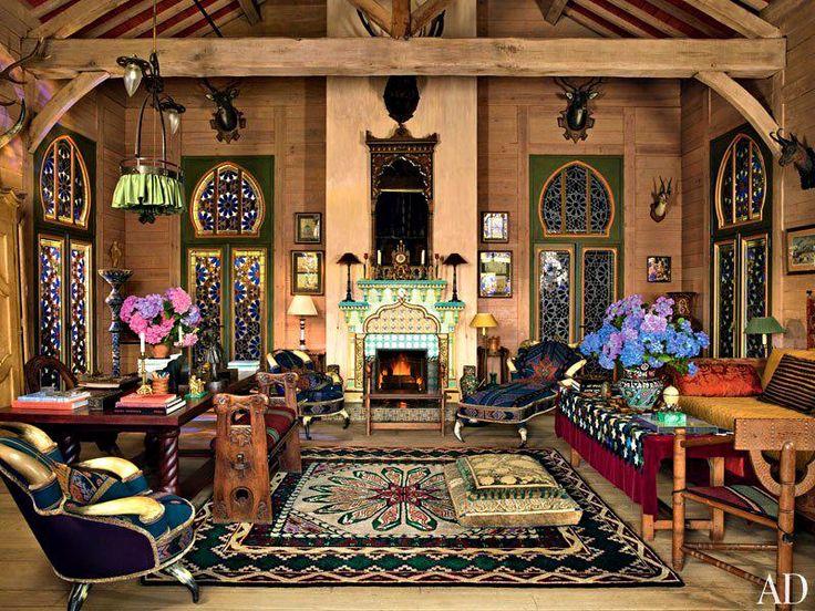 Estilo russo de férias em casa de Yves Saint Laurent