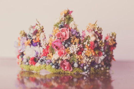 Flower Crown - Wire Crown - Fairy Crown - Flowergirl hairpiece - Summer Wedding - Newborn Photo Prop - Wedding Crown - Floral Hairpiece