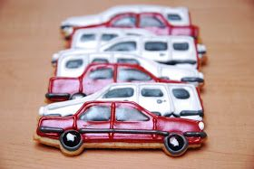 Karen Anne Cakes: Volvo auto koekjes how to, Baby let's cruise!