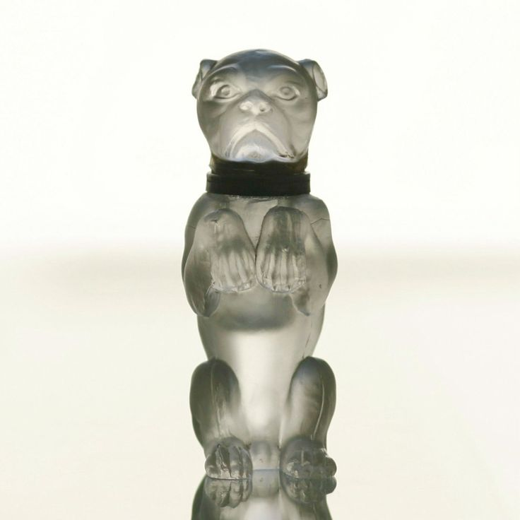 ART DECO BULLDOG INKWELL Czechoslovakia, probably Schlevogt factory in Jablonec nad Nisou, 1920s, frosted press glass, brass collar, 9,5x3,5x5 cm