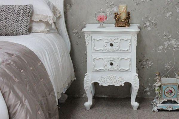 Sängbord: Måla om antika sängbord: Så här gör du http://inredningsvis.se/sangbord-antika-mobler/