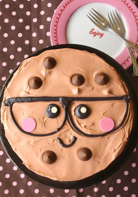 """Cute """"One Smart Cookie"""" cake by munchkinmunchies.com. Bake the cake for a fun back-to-school treat!"""
