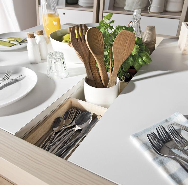 #stół #drewniany #jadalny  #design #jadalny #jadalnia #kuchenny #drewno #rozkładany #nowoczesny #skandynawski #biały #diy #wystrój  #pomysły #VOX #wnętrza  #duży #salon #kuchnia #biały #sztućce #wnęka
