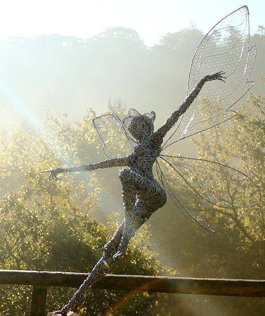 Titania (Queen of the fairies).Fantasy Wire Fairies Sculptures