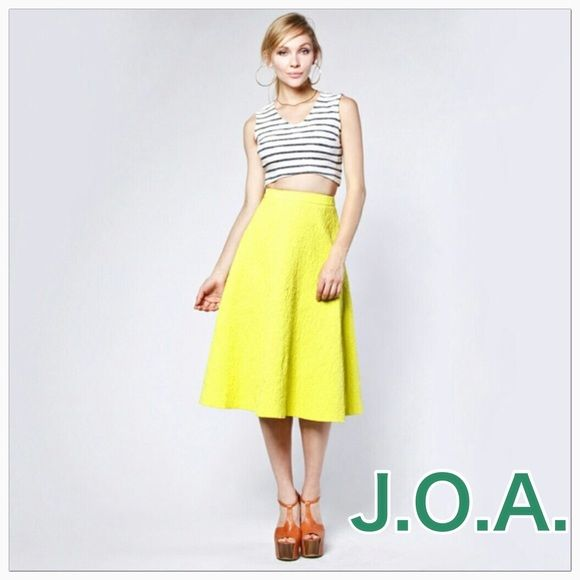 """New J.O.A. Vibrant Yellow High Waist Woven Skirt  Super Adorable Vibrant Yellow High Waist Mid Skirt, textured woven fabric, full lining, exposed back zipper with hook and eye closer. High Waist Very fitted, A-line, some stretch in fabric. 97% Cotton, 3% Spandex, lining 100% Polyester. Measurements: High waist 30"""", Length 28"""". Size says Large but closer to Medium please measure waist J.O.A. Skirts Midi"""