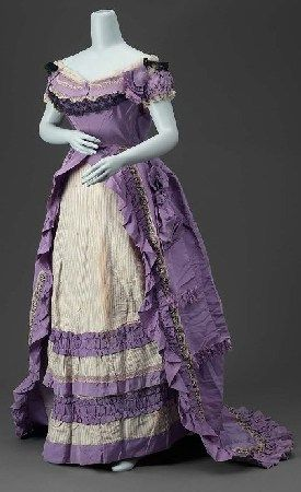 Worth gown in synthetic violet- c. 1870s  (The V&A)