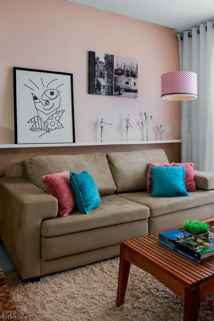 10 jeitos charmosos para Você decorar o canto do sofá
