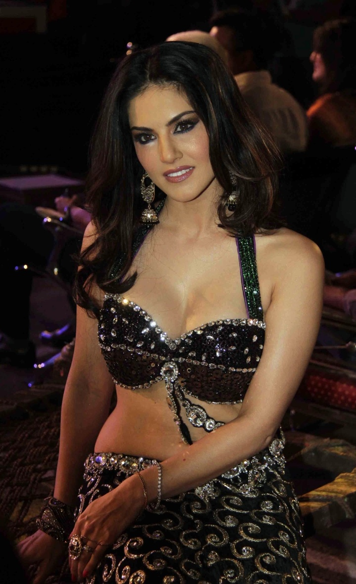 341 best bollywood celebrities images on pinterest | bollywood
