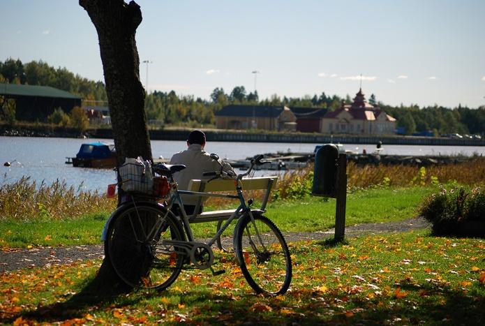 Enjoying an afternoon in the park.  (Photo: Kajsa Snickars)