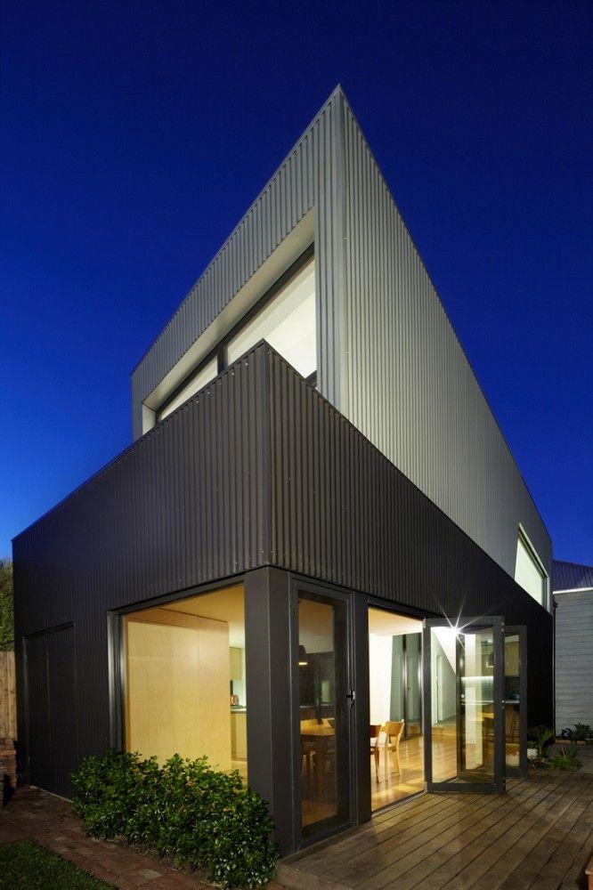 Yarra Street House / Julie Firkin Architects