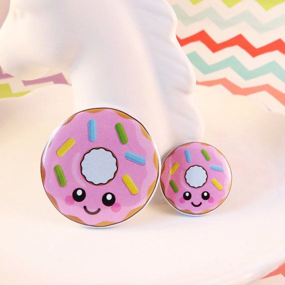 Pink Donut Badge 25mm 38mm fun food badge donut pin badge