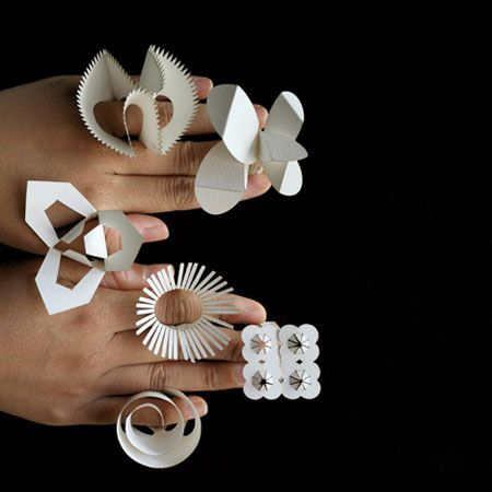 Paper rings by Tithi Kutchamuch and Nutre Arayavanish: Paper Rings, Nutr Arayavanish, Diy Fashion, Laser Cut, Paper Jewellery, Jewellery Inspiration, Paper Jewelry, Tithi Kutchamuch, Paper Toys