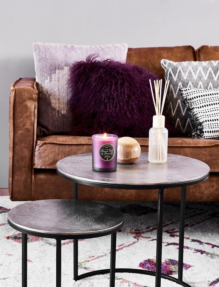 die besten 25 lila kissen ideen auf pinterest bett mit. Black Bedroom Furniture Sets. Home Design Ideas