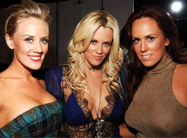 Amy, Jenny and Joanne McCarthy. Now all we need is their cousin Melissa McCarthy :-)