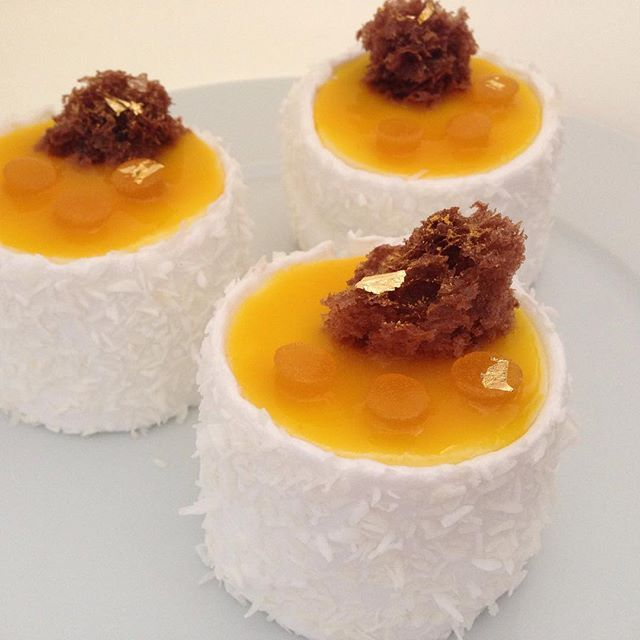 Le petit gateau passion fruit