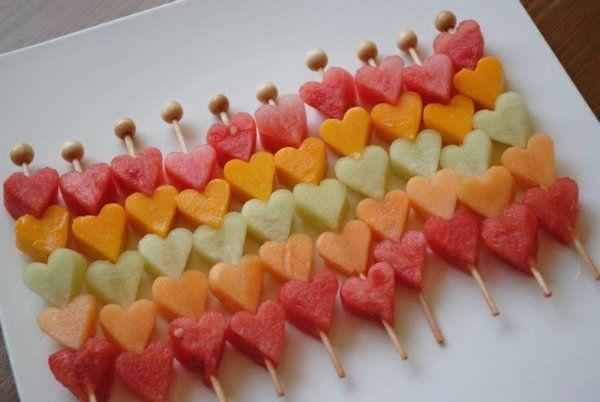 Fruchtspieße mit Herz