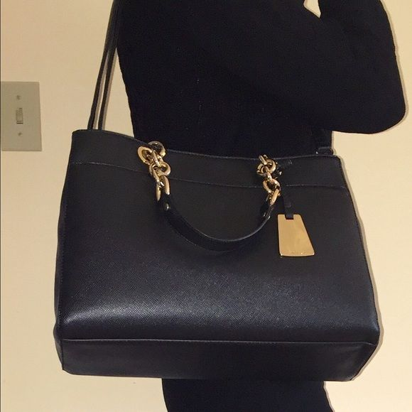 weekend sale Aldo handbag. New Aldo handbag with gold tone hardware (handle chain, Aldo tag, snap). 3 inside compartments with top zip closure in the middle. Has a shoulder strap. ALDO Bags Satchels
