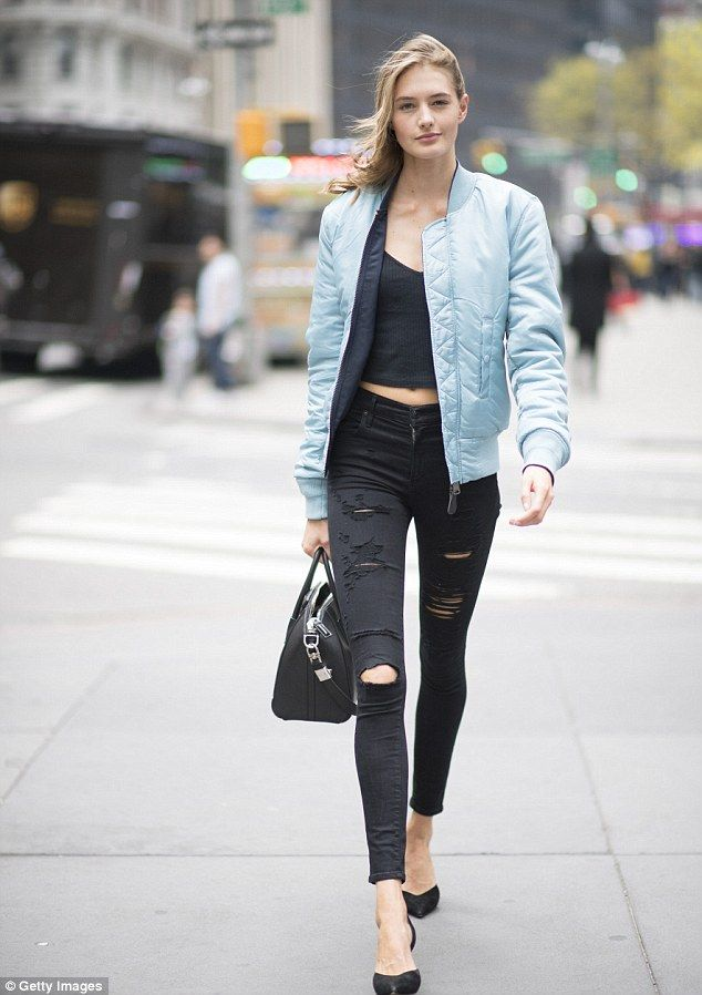 Can't hide it: Sanne Vloet looked ecstatic on her way to her fitting on Thursday