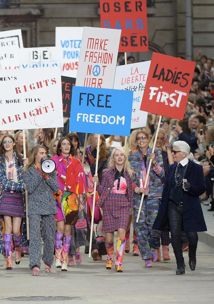 Karl Lagerfeld is still grossly sexist and a few of the signs featured in this show had nothing to do w feminism. However, this display of models marching for feminism was pretty tite.