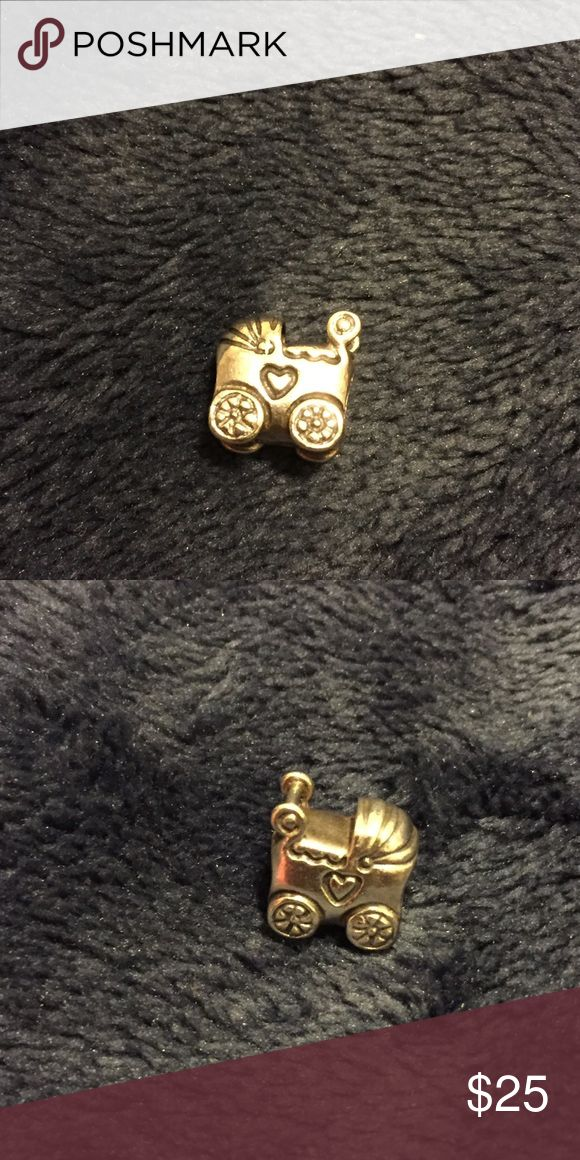 PANDORA baby carriage charm Great condition! Perfect for a new mother Pandora Jewelry Bracelets