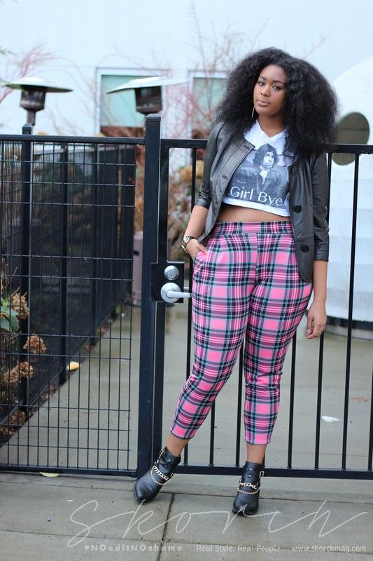 International Plus Size Fashion and Street Style SKORCH Magazine » Mackenzie Barnes shows us 3 ways to style a bold pant - this is my favourite. HELLOOOO 90's grunge meets Clueluess <3