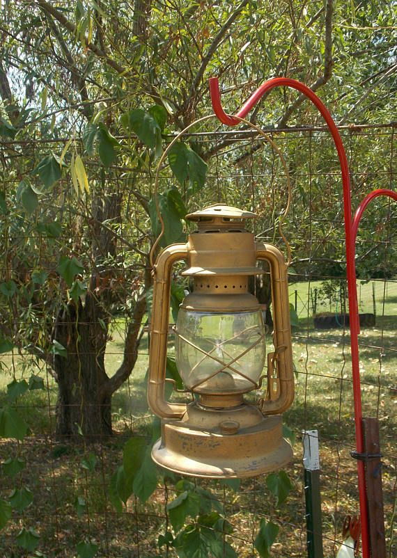 Kerosene lantern Dietz No 2  1934 production Railroad lantern