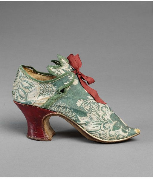 Pair of shoes, ca. 1720-30, English, silk brocade and leather, silk ribbon