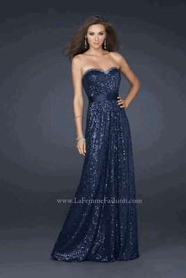 A beautiful strapless gown with a sleek line and shimmer. Love!