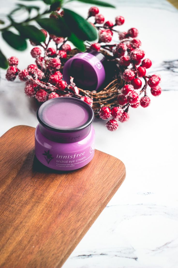 There are some products sold all around the globe that can be easily marked as cult products. Innisfree Orchid Eye Cream is one of these products - you can read lots of interesting reviews and histories related to this small purple jar, almost every of my kbeauty blogger friends had it on their wishlist, I had no other choice than try it on my own. Through all this time my opinion about this cream was changing but after more than 4 months with this cream, I can share with you my final…