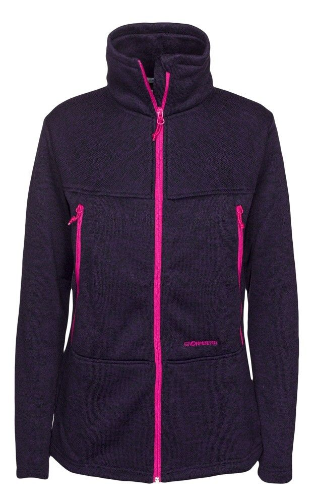 Tuvaseter fleece jacket is a thick fleece jacket that is warm and soft.