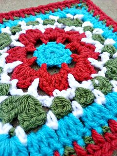 This beautiful motif is so much fun to make. You can be creative with your color choices to make this motif for any occasion or season. The directions are simple, and allows you to work this square up with ease.
