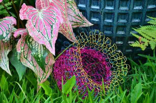 Crocheted Chairs and Planters Emulate Nature | Urban Gardens | Unlimited Thinking For Limited Spaces | Urban Gardens