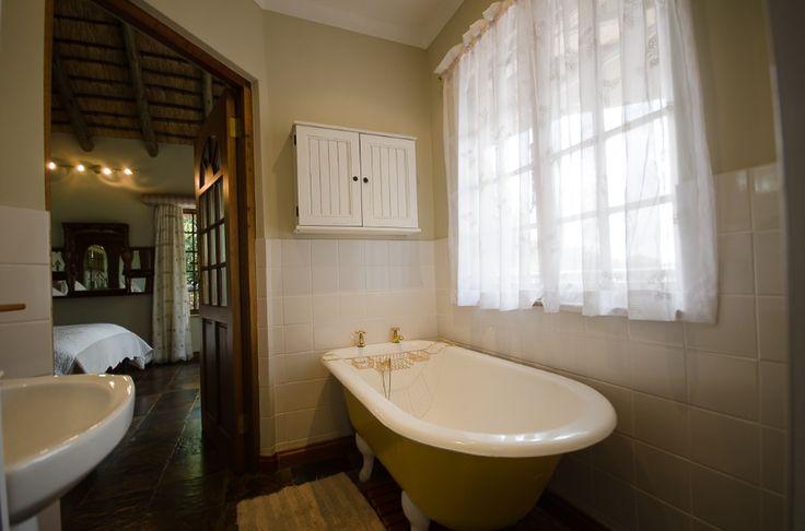 Crowned Eagle Bathroom