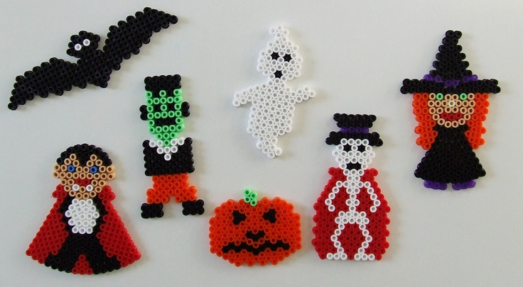 Halloween ornaments hama perler by Les Mercredis de Julie