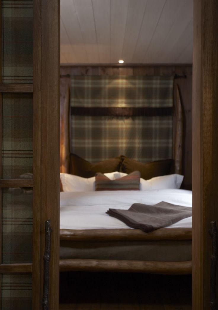 Mountain Lodge Bedroom — Christian's & Hennie www.christiansoghennie.no