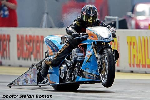 Historic Five for Gulf Oil Dragracing   Hyperpro Suspension Technology